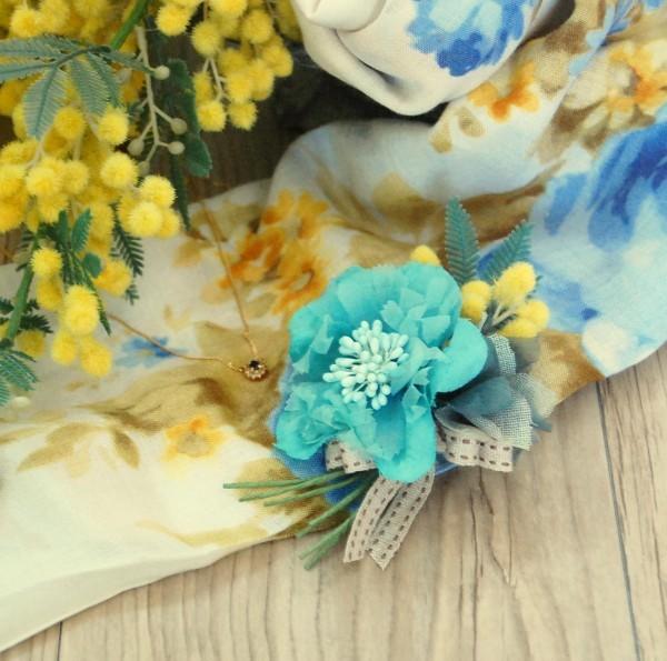 職人さん手染めのお花 シックグリーンコサージュ 卒業式・入学式を華やかに。