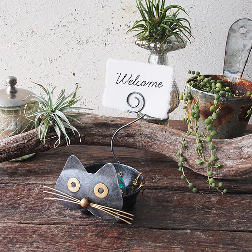 猫アクセサリートレイ(おとぼけクロネコ)