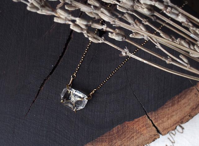 O様オーダー 原石のダイヤモンドクォーツのネックレス