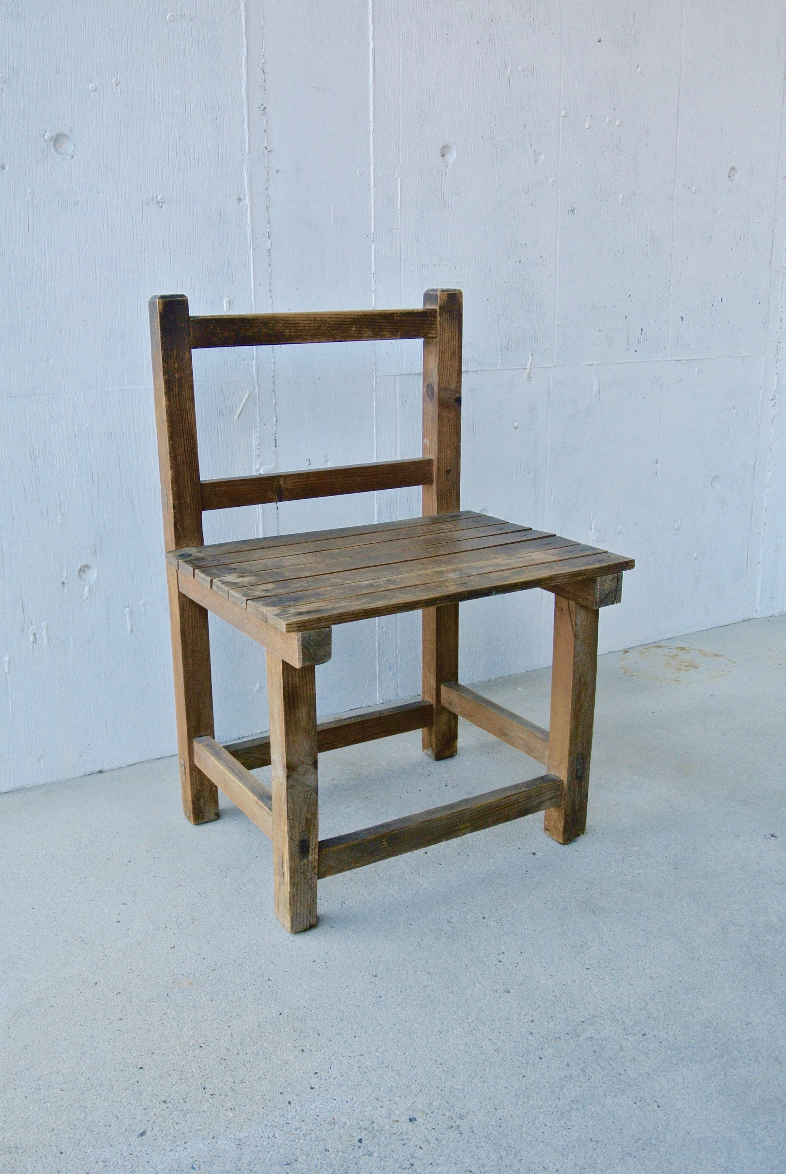 レトロな木味の椅子[古家具]