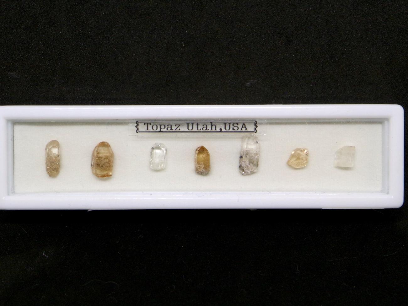 【鉱物標本セット】トパーズ ユタ州産 ラクタングル#1 原石 宝石 天然石 TZ036 鉱物セット