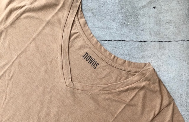 nowos   [V-NECK TEE]