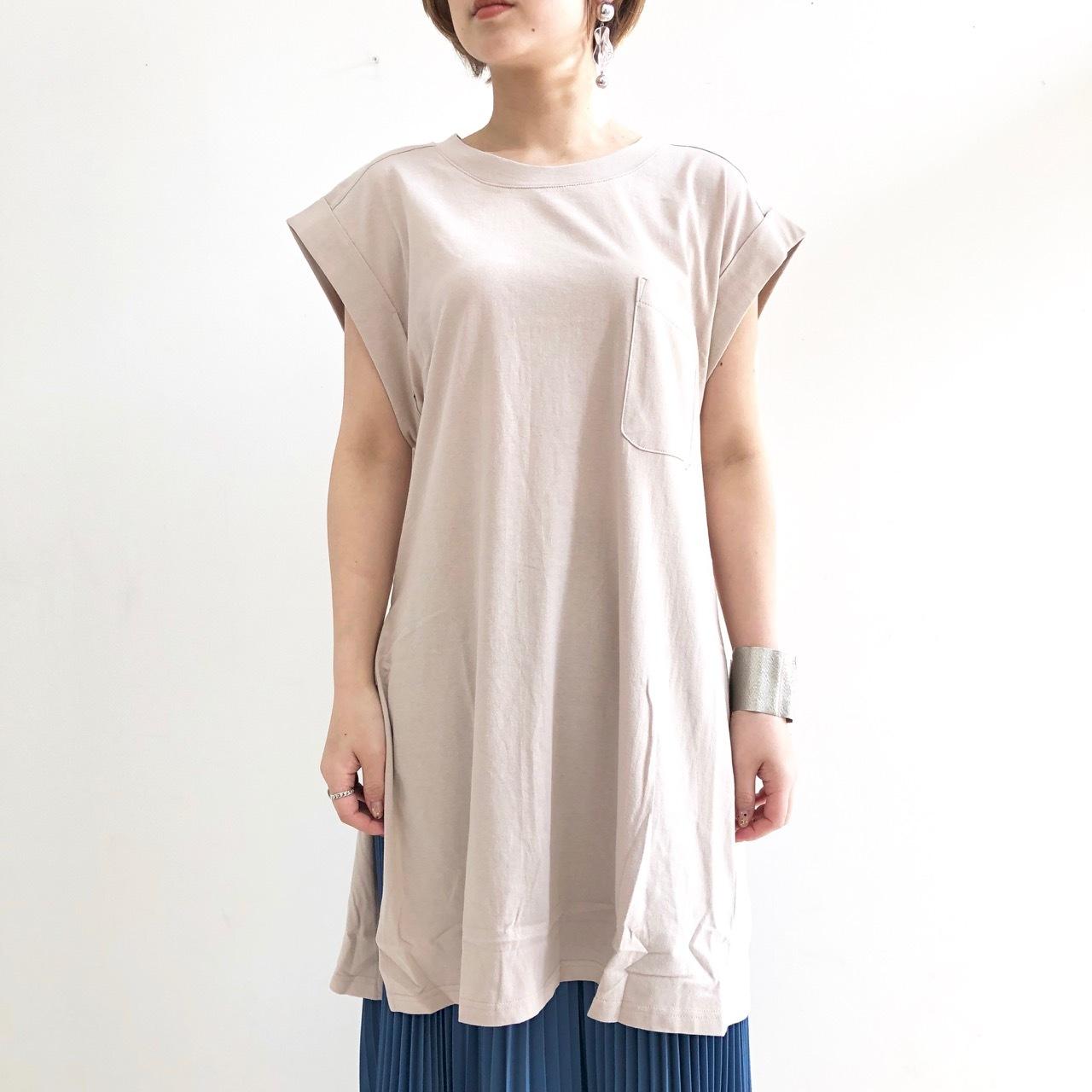 【 CHIGNONSTAR 】ポケットロングスリットTシャツ