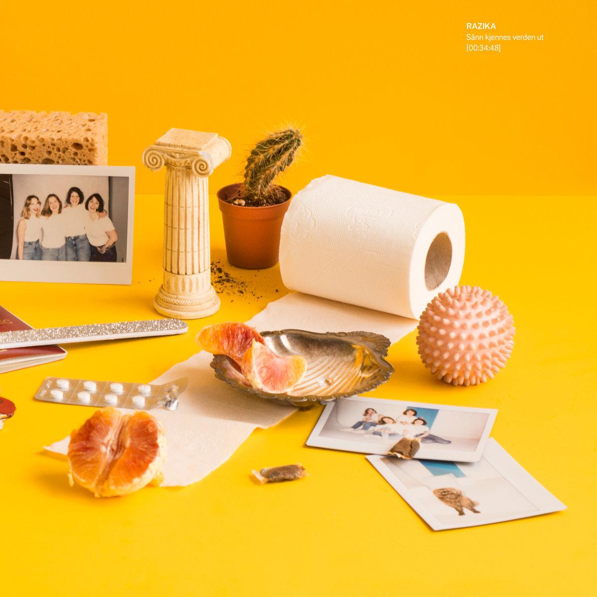 Razika / Sånn kjennes verden ut(LP)
