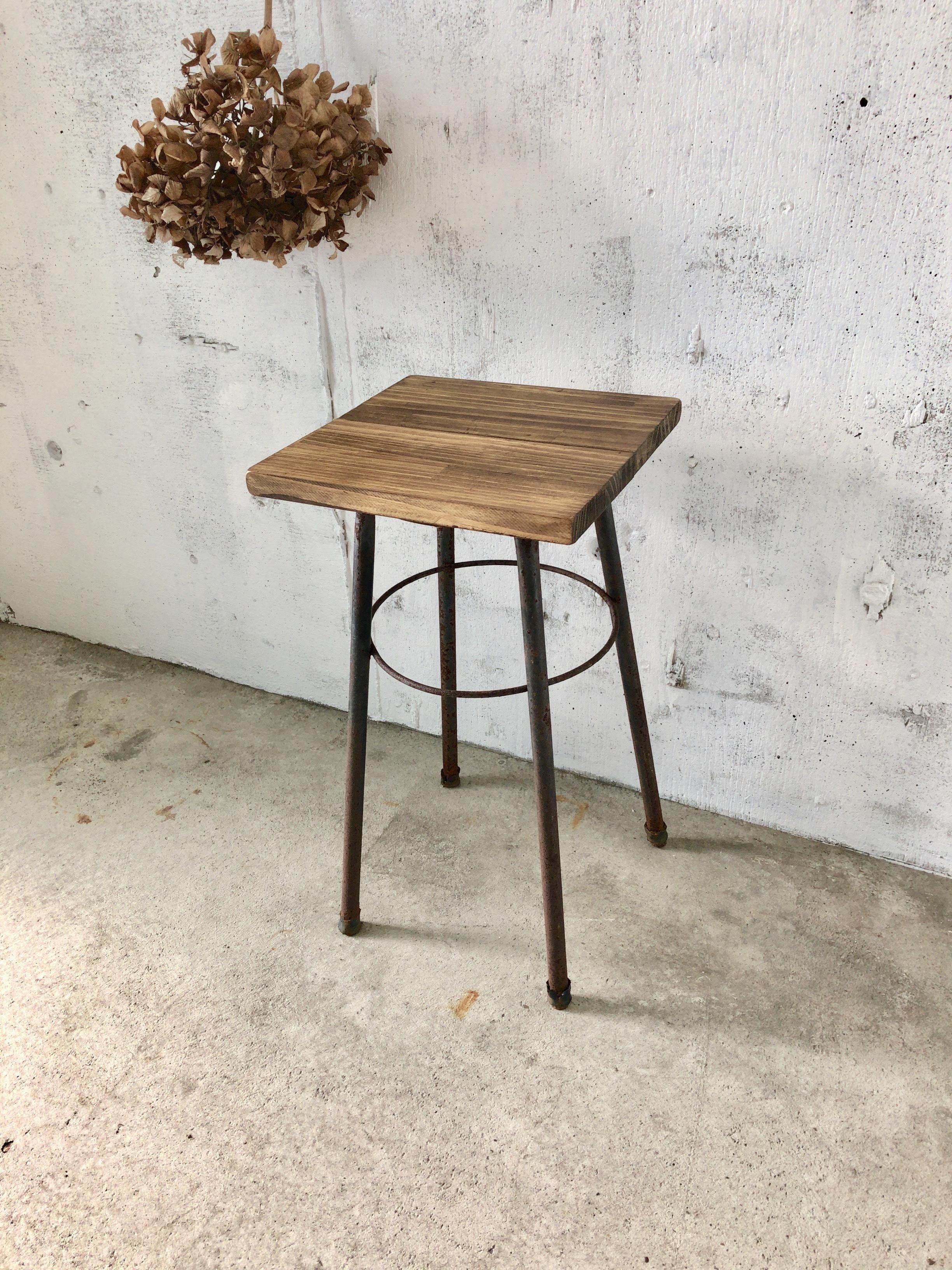 木味×サビ脚のスツール②[古家具]