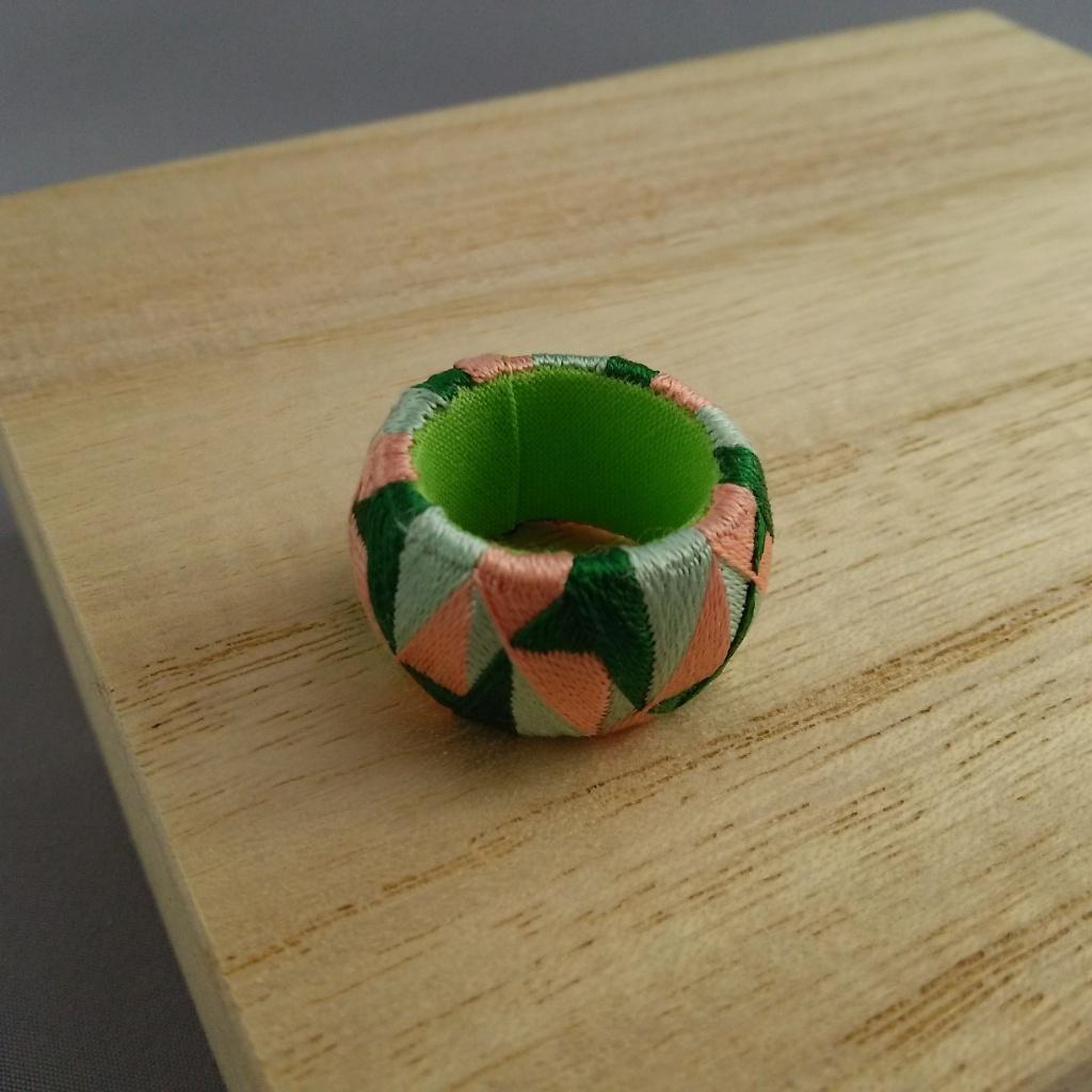 加賀ゆびぬき・花(緑とピンクと薄緑)