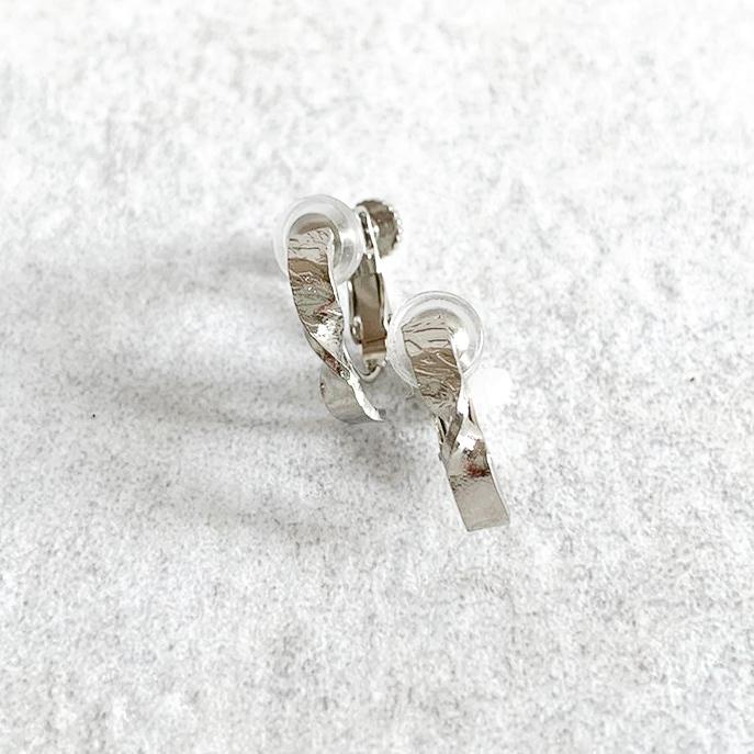 Twist texture Hoop Earrings (ねじばね式)