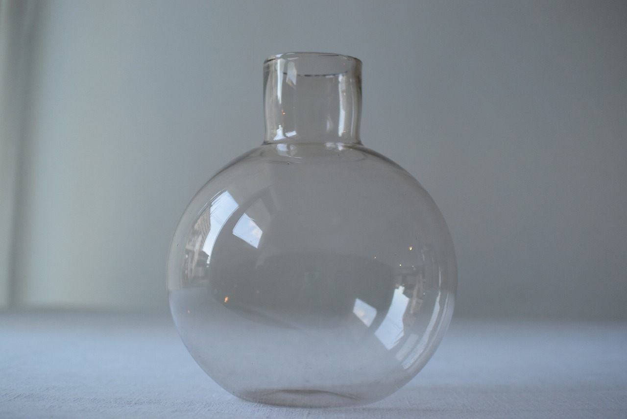 まんまるガラス瓶
