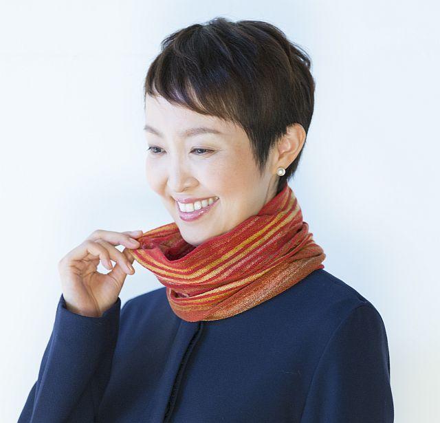 【送料無料】こころが軽くなるニット帽子amuamu|新潟の老舗ニットメーカーが考案した抗がん治療中の脱毛ストレスを軽減する機能性と豊富なデザイン NB-6552|絣3WAYストール - 画像3