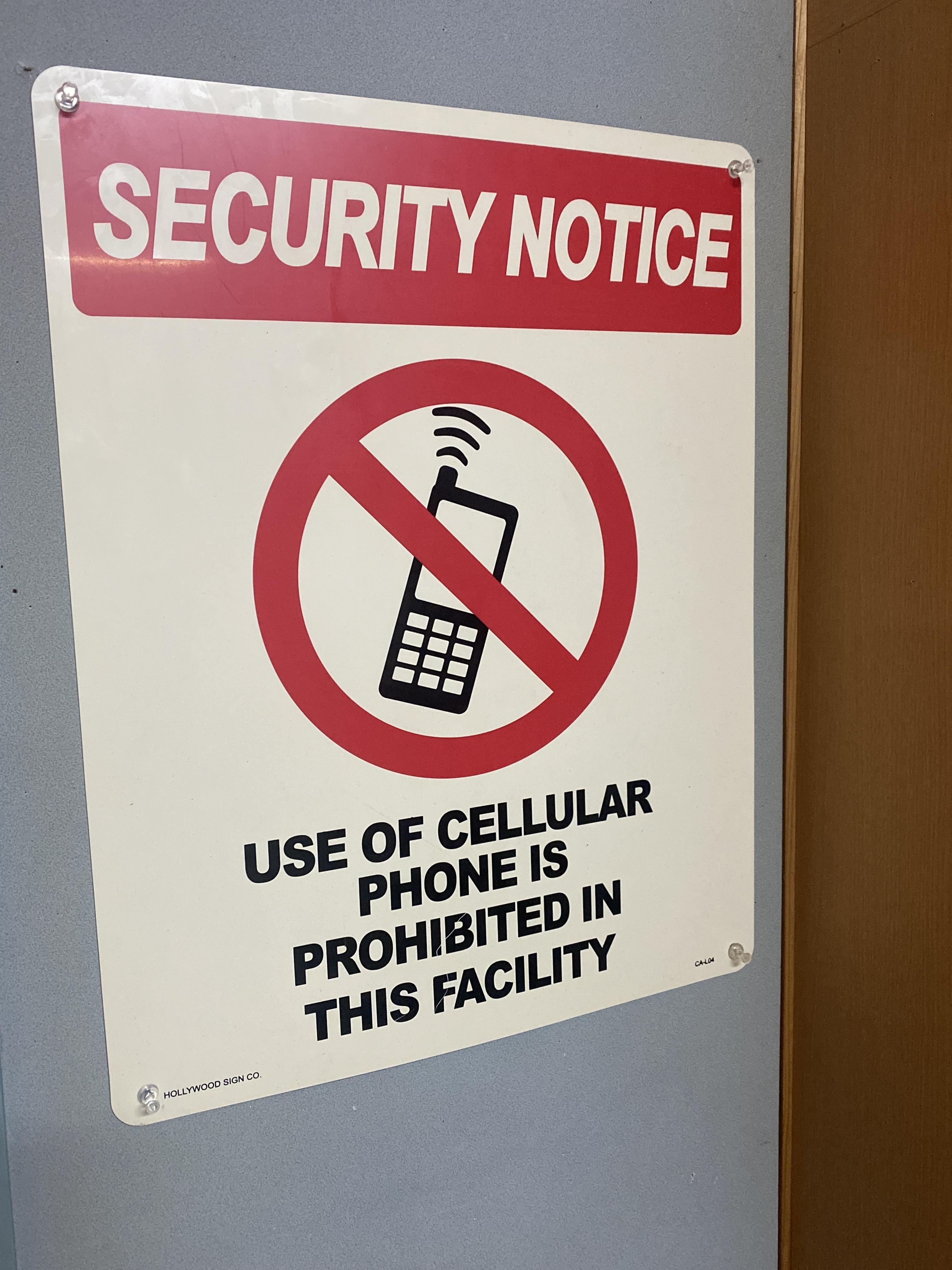 プラスチック看板 アメリカン雑貨 電話禁止? ビックサイズ 展示品処分