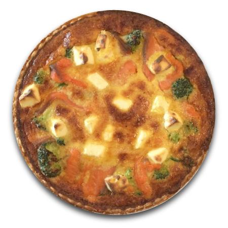 スモークサーモンとブロッコリー、クリームチーズのキッシュ 18cmホール