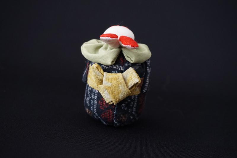 着物、和服の古布人形「着物を着たうさぎ」小 - 画像3