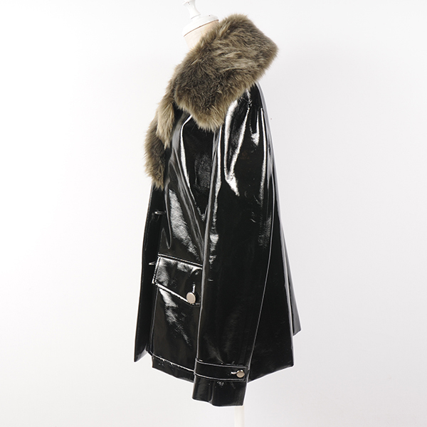 hs17AW-IR08 fake fur anamel coat(black)