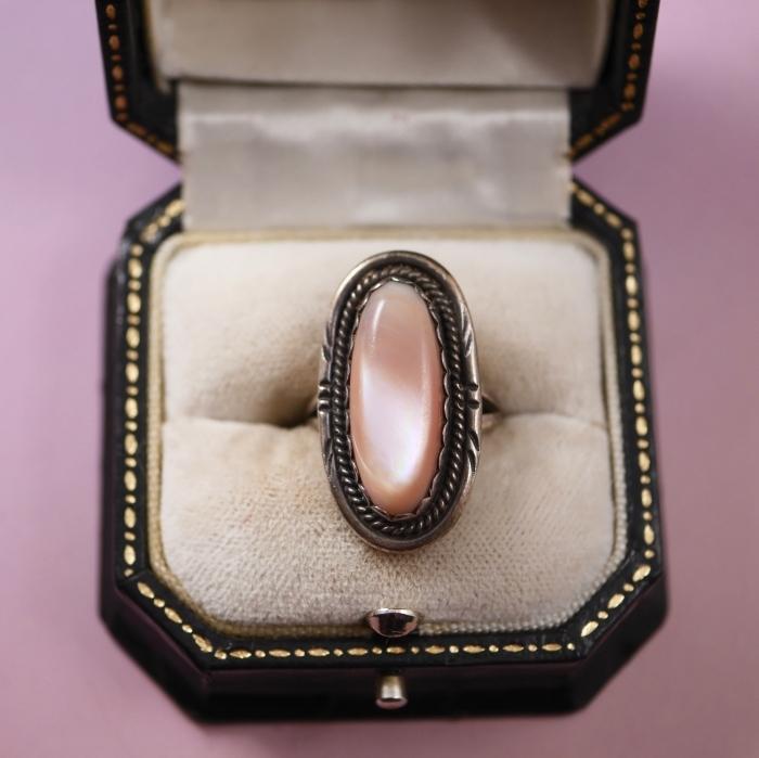 ズニ族マザーオブパール シルバー925 ヴィンテージリング(指輪)