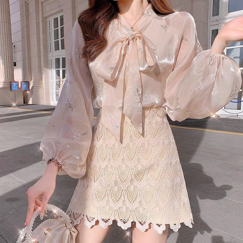 flower pattern satin blouse