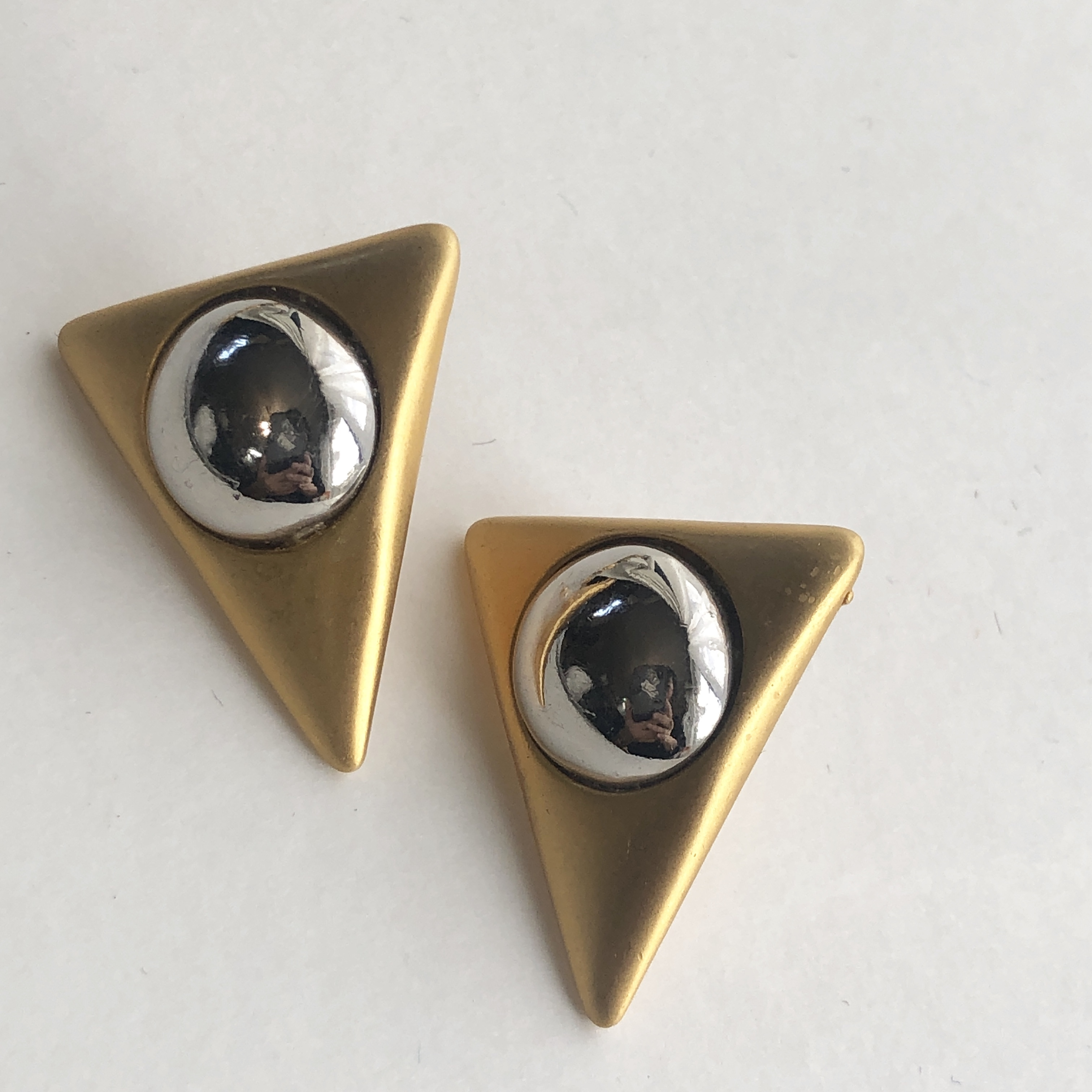 Vintage triangle dot pirce L-047x
