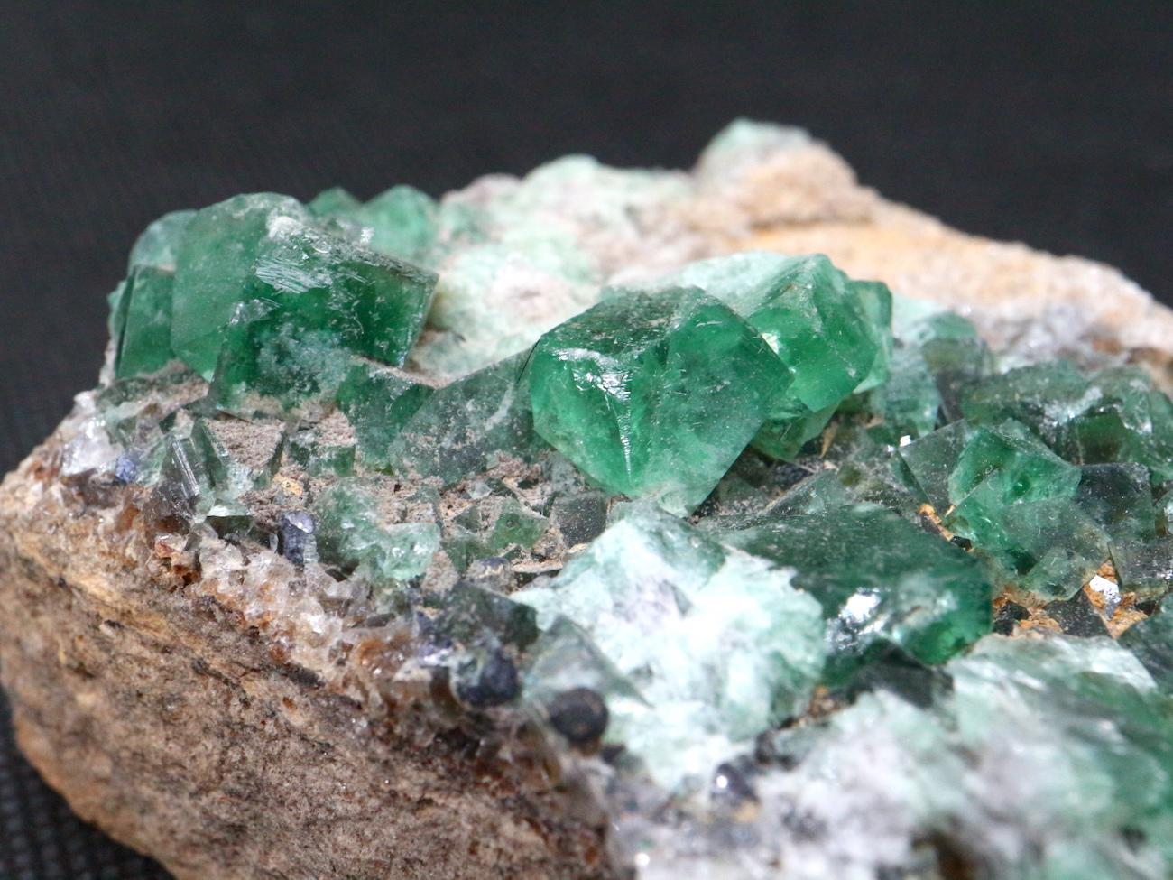 ロジャリー鉱山! グリーン フローライト 蛍石 原石 イギリス産 360g  FL029