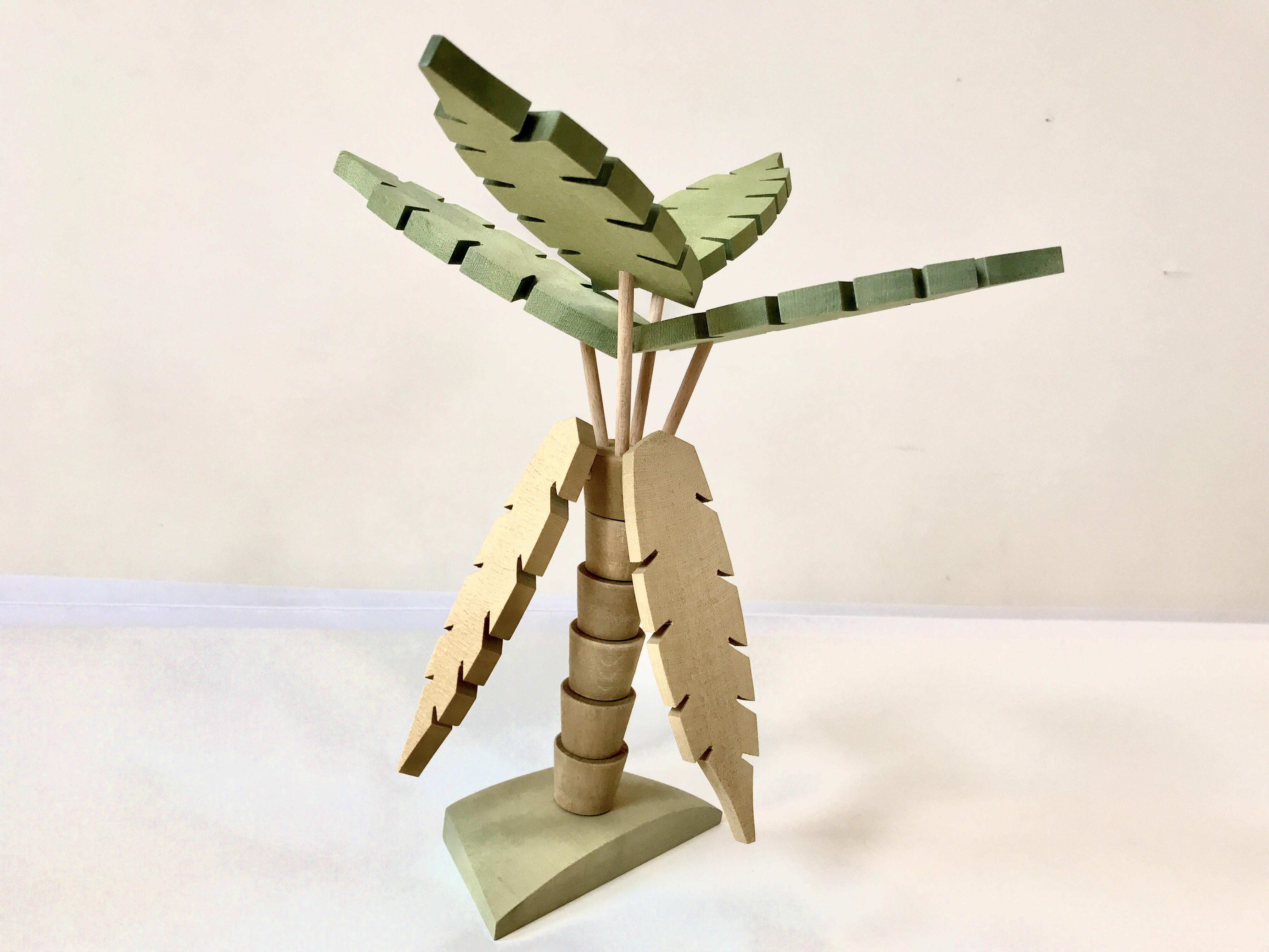 スオミ・デザイン 木生シダの木
