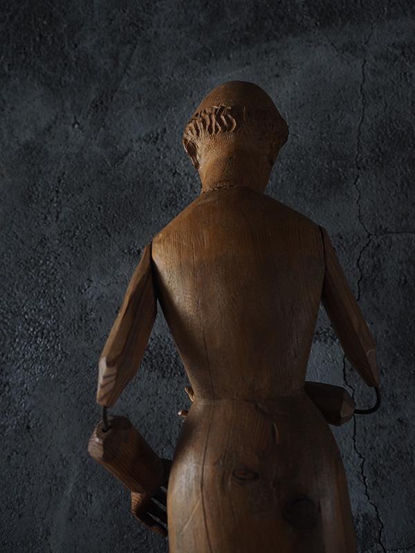 木製聖人像