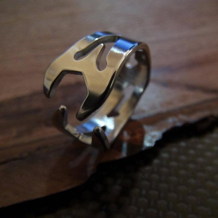 【スパナデザインリング】 シンプルで珍しい / プレゼントとしてもおしゃれ