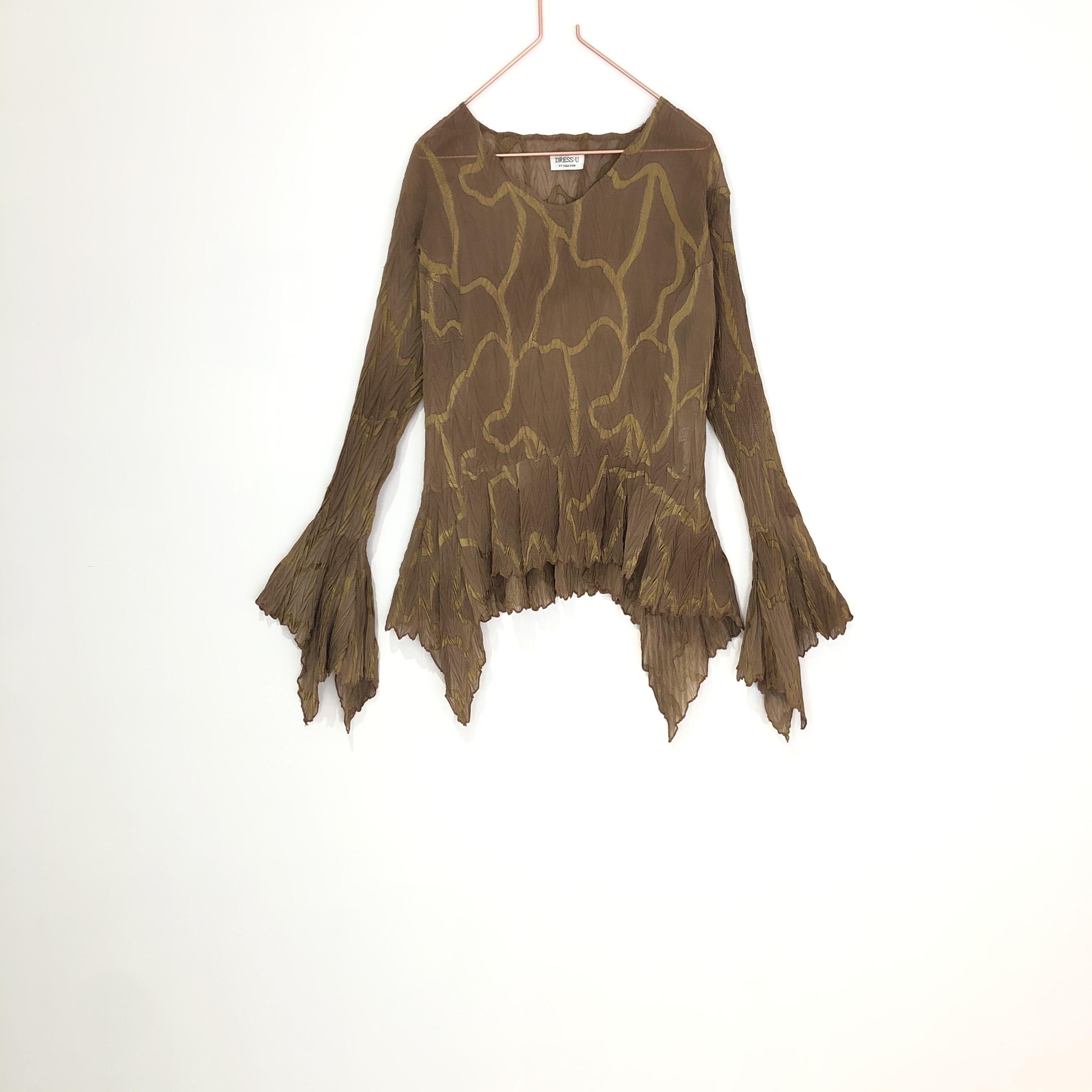 ◼︎90s asymmetric hem blouse from U.S.A.◼︎