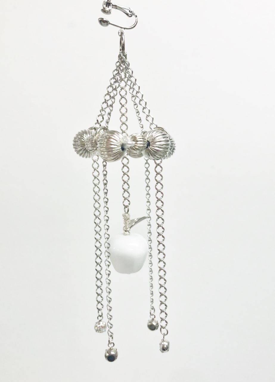 CHANDELIER EARRING
