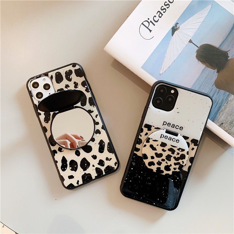 【お取り寄せ商品、送料無料】2パターン レオパード 便利なミラー付 iPhoneケース