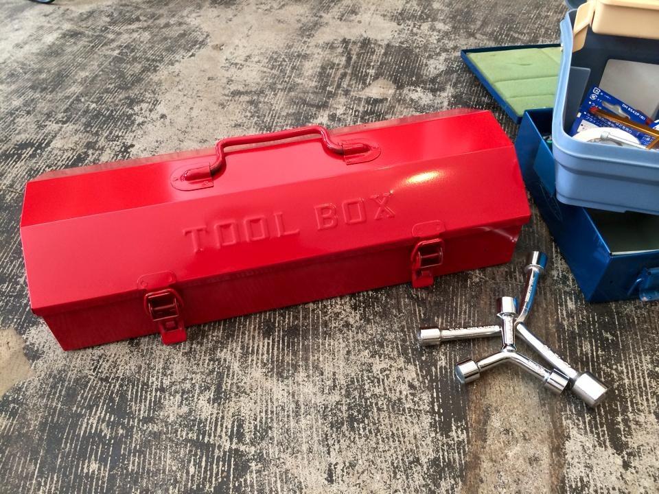 T-3 山型ツールボックス |燕三条|中村精工株式会社|ロングレンチ、スケール、自動車工具ツールボックスに。 鍵取付可能!