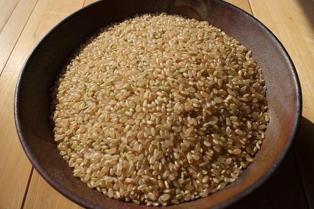 青森県産あきたこまち(農薬9割減、無化学肥料)玄米30㎏