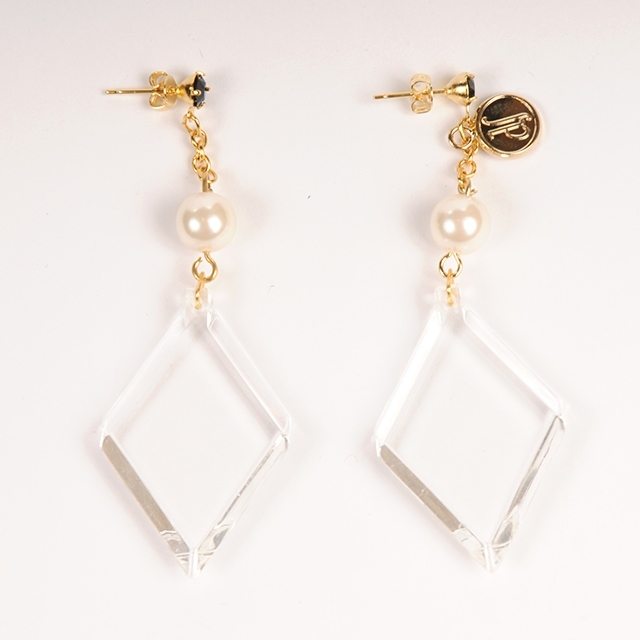 df18AW-J02 DIACUT EARRINGS  B (white)