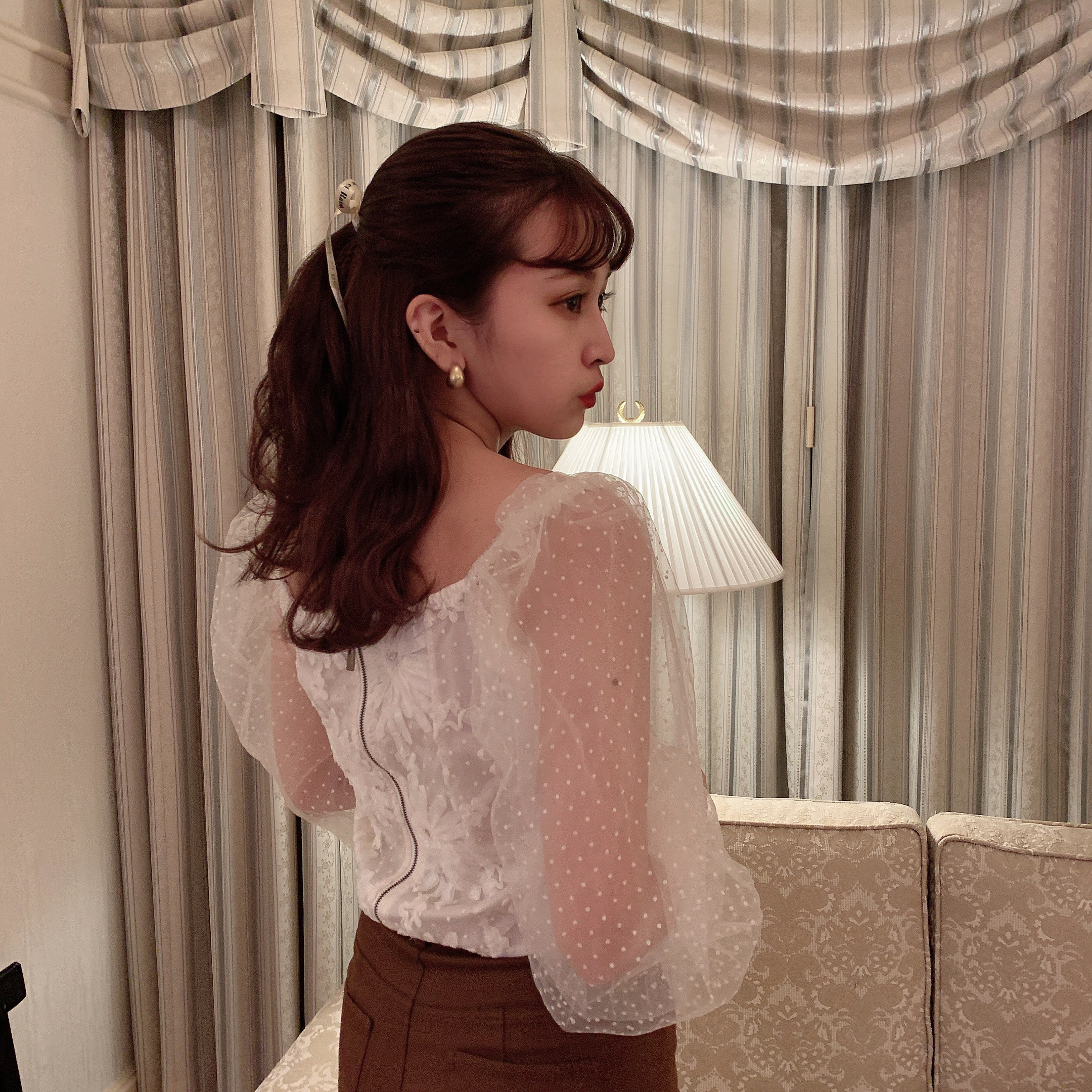 bubble see-through blouse