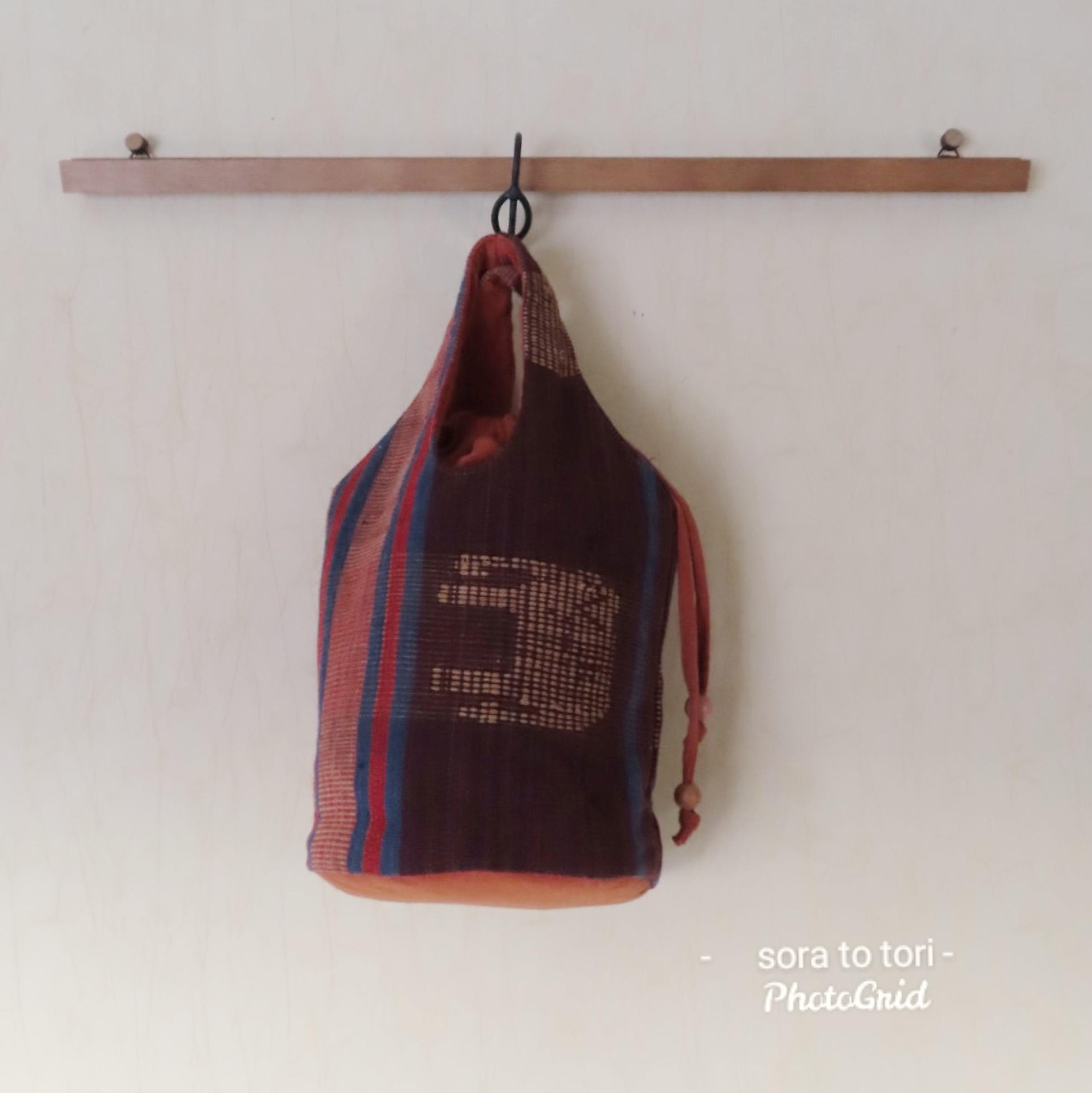チェンマイ ナガ族刺繍のバケツ型バッグ ゾウ
