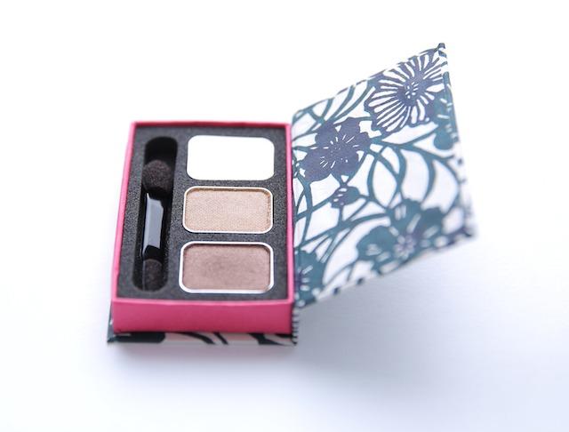 """京都型染アイシャドウ 藍花 Kyoto Paper Box Eye Shadow """"Aika"""" - 画像1"""