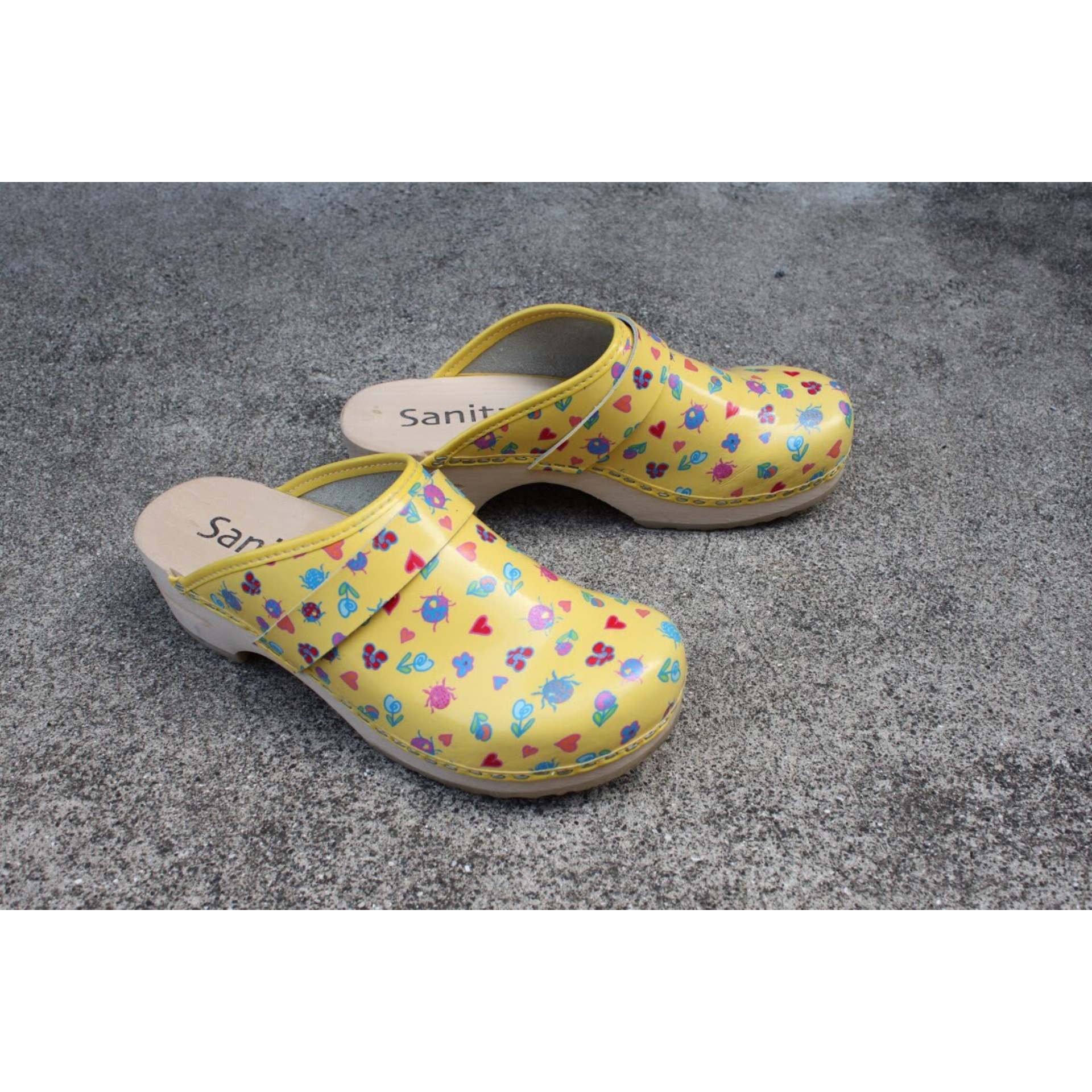 Vintage open-back clog