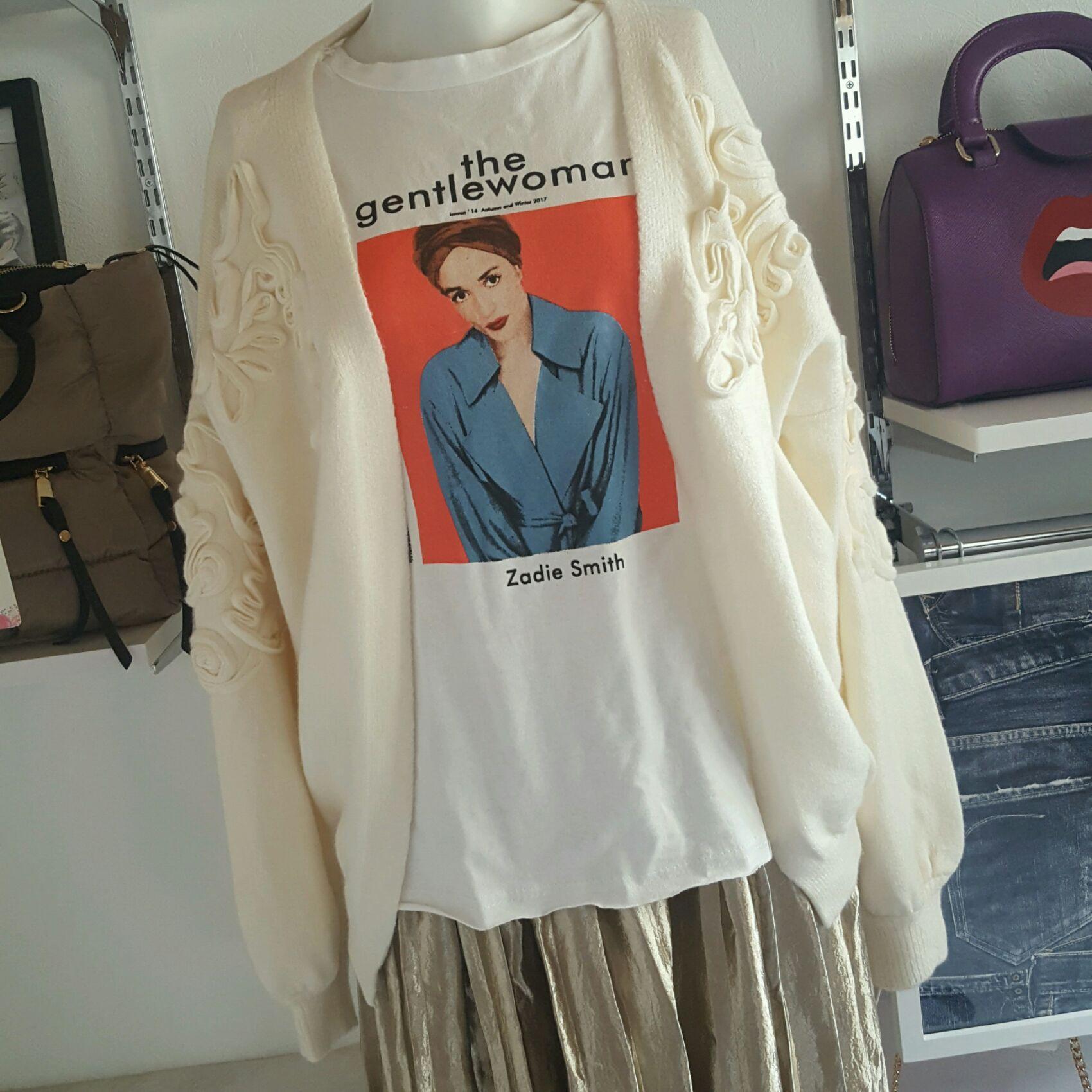 womanプリントTシャツ