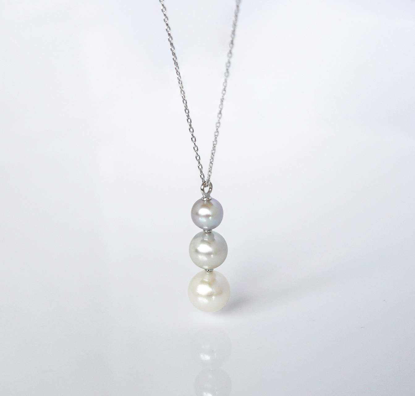 COLORS / Necklace (Natural Grey)