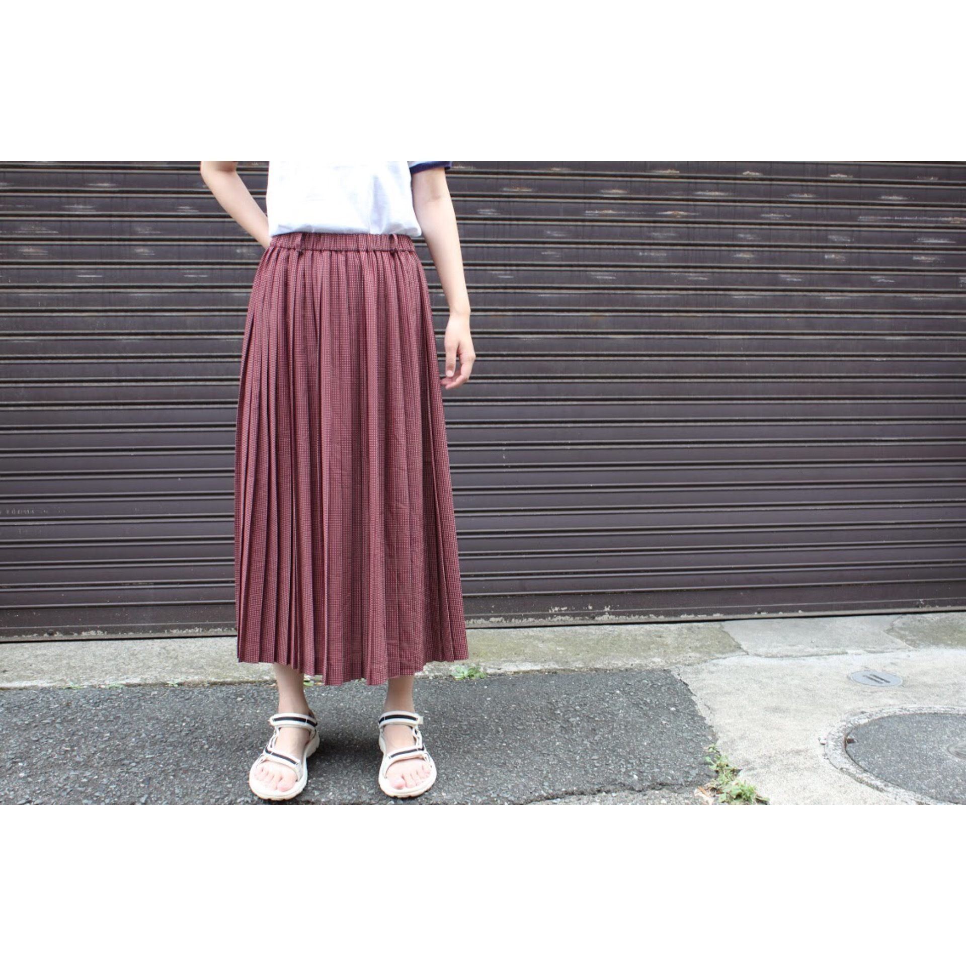 Vintage pleated dot print skirt