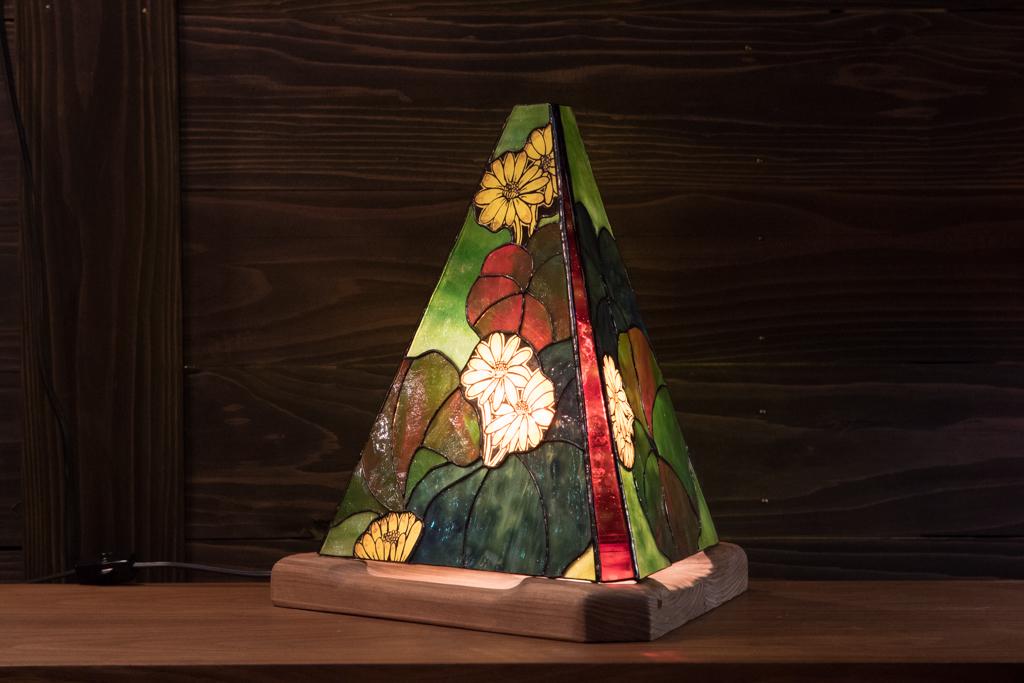 春景色(ツワブキ)(ステンドグラスのテーブルランプ) 01020301