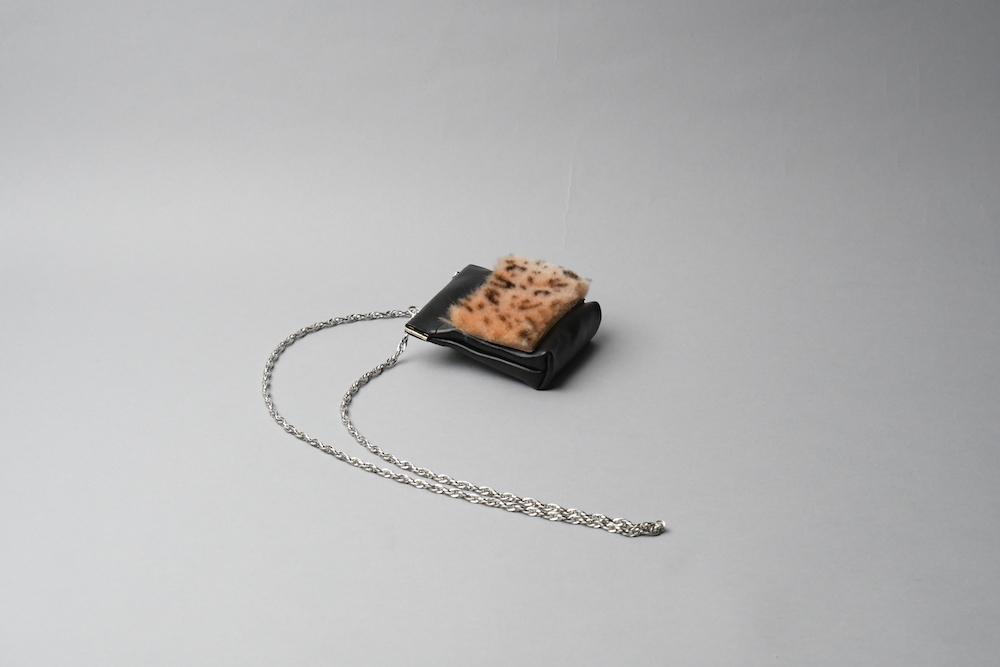 ワンタッチ・コインケース ■iongブラック・ムートンレオパード■ - 画像1