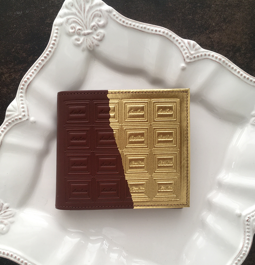 革のチョコ・二つ折り財布 スイート(金の包み紙)