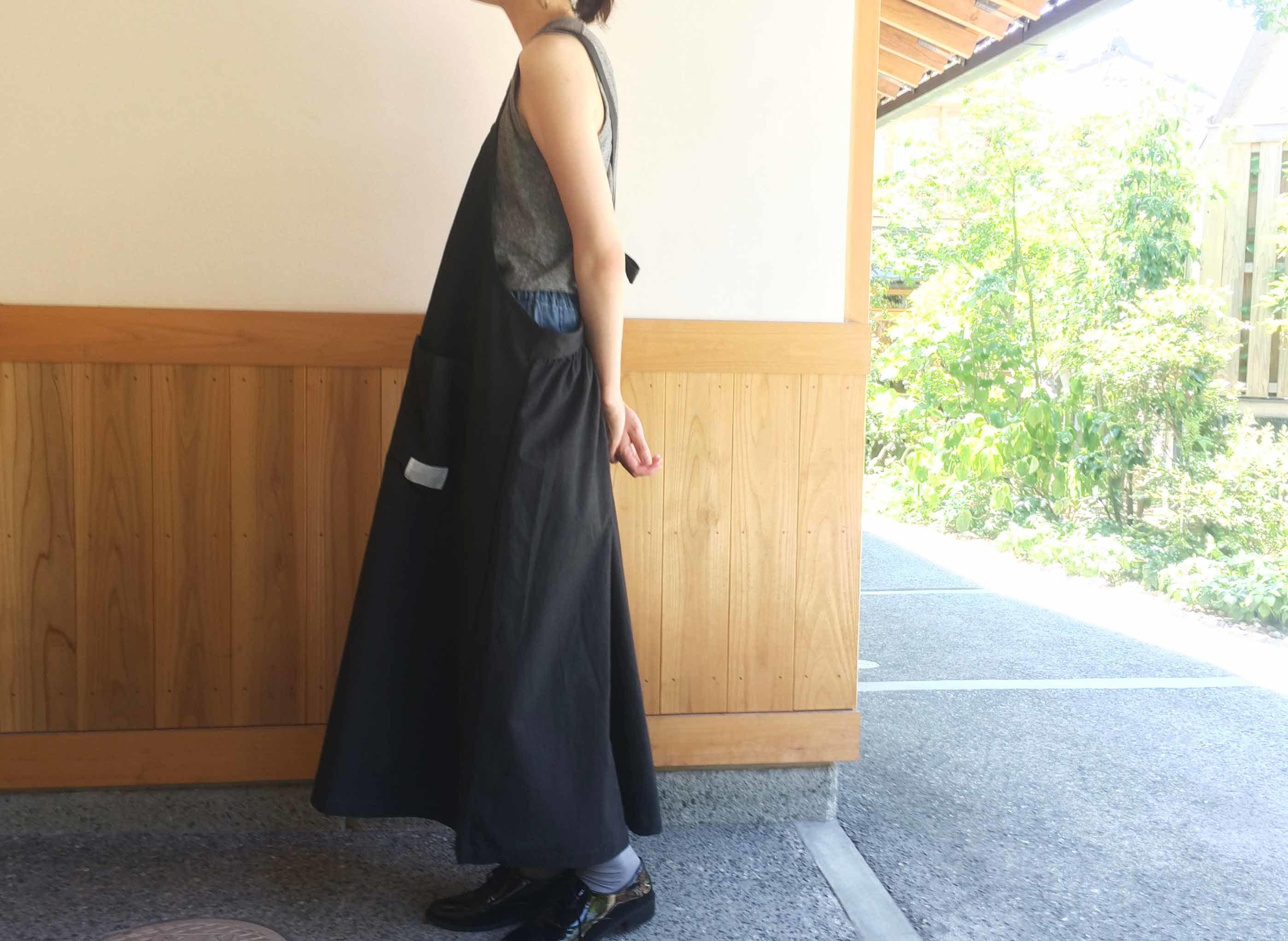 バックリボンジャンパースカート BK