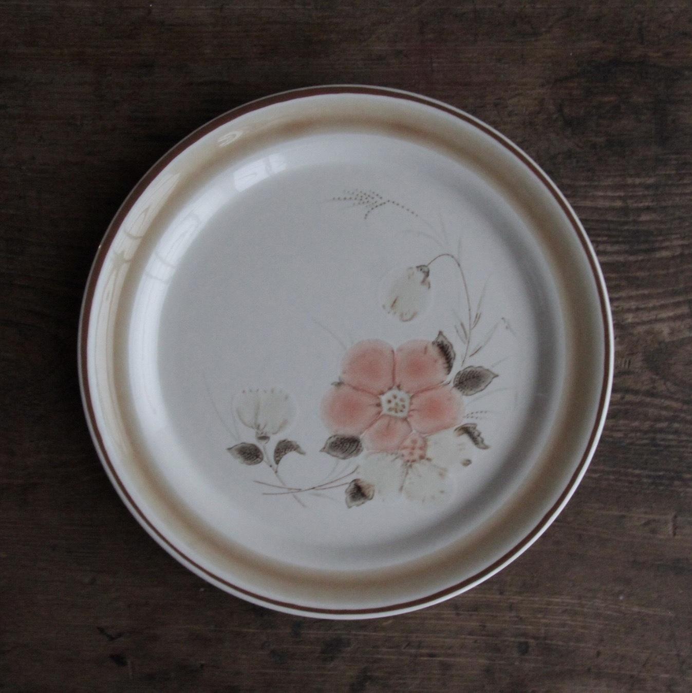 hearthside 花柄ストーンウェア 在庫2枚