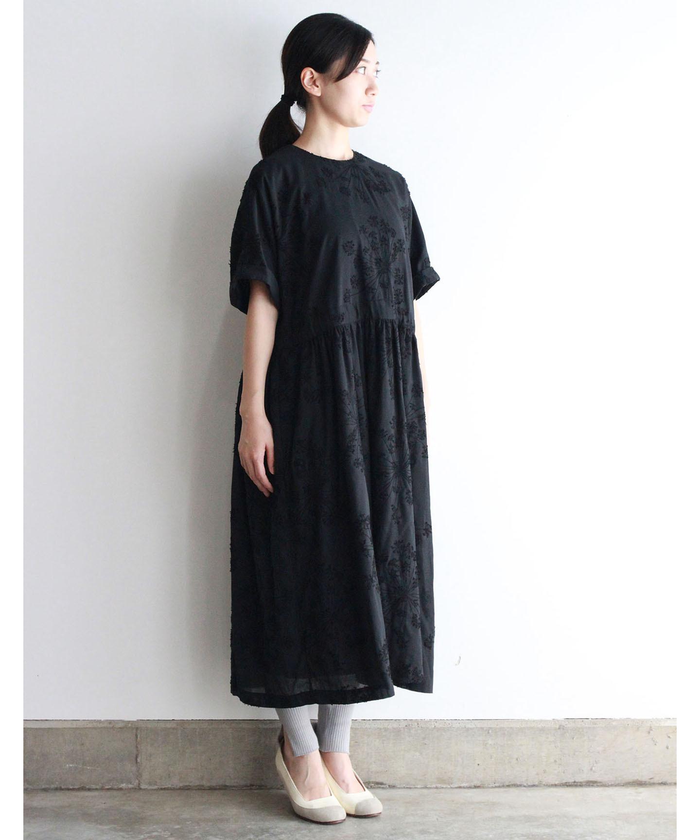 フェンネル刺繍ワンピースドレス (evi620  BLK・ブラック)