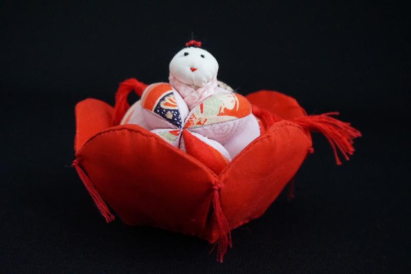 着物、和服の古布人形「花人形・女の子」 - 画像1
