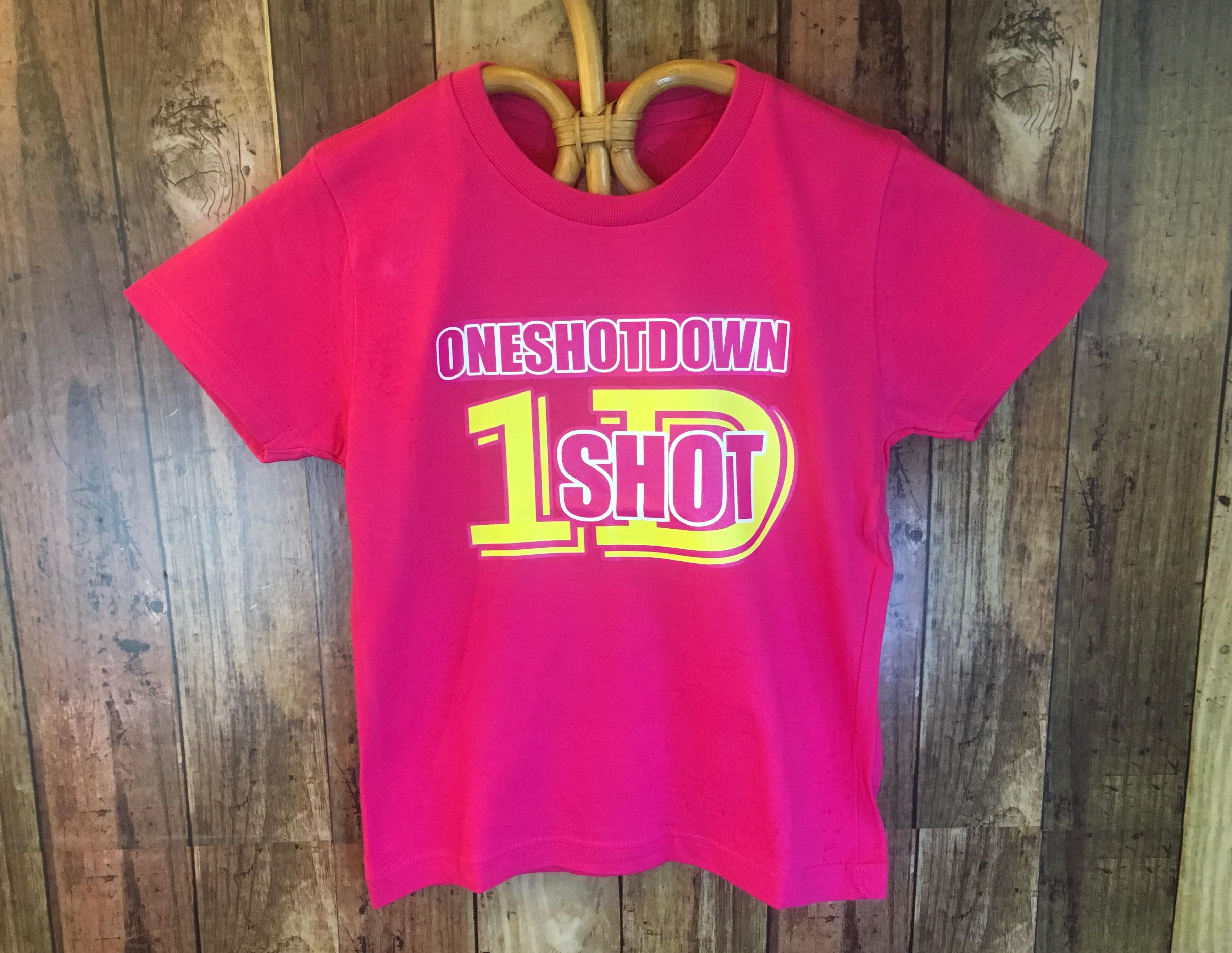 ONESHOTDOWN キッズ Tシャツ (ロゴ) - 画像1