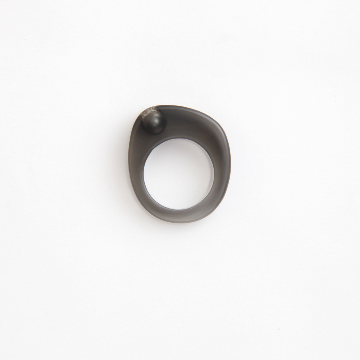 JUTIQU/Essence Ring 3_1 pearl organic ring_Black