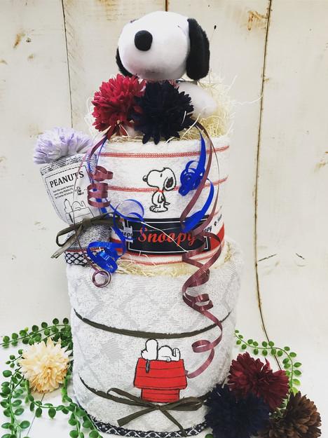 スヌーピーおむつケーキ