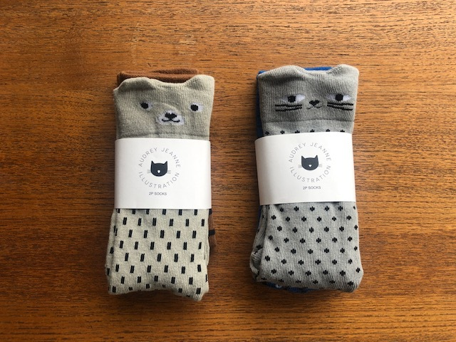 Audrey Jeanne socks 2p