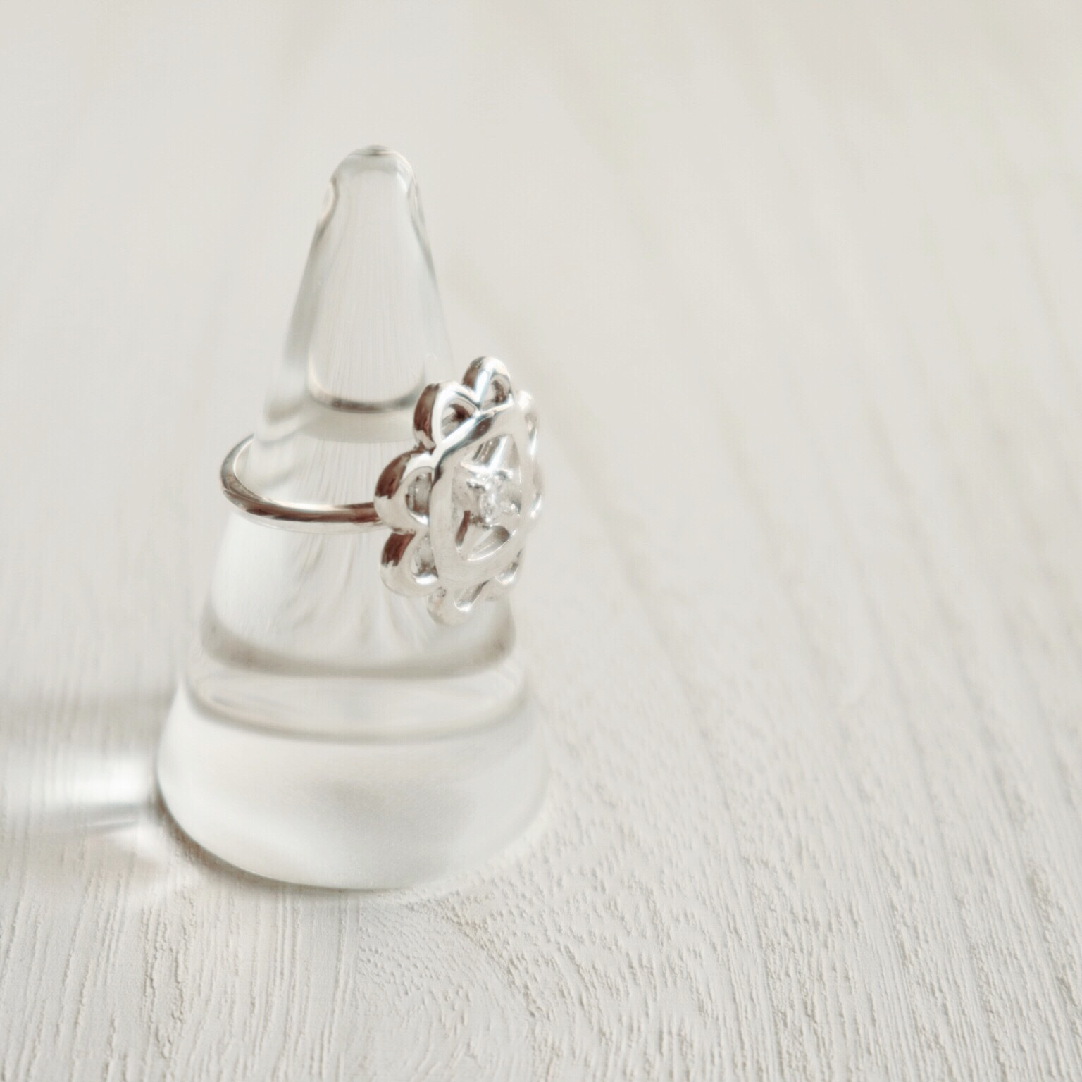 Clover Ring (R18-01)