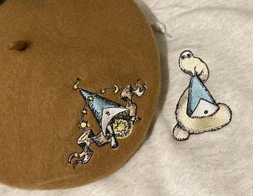 〈とんがり帽子のアトリエ〉フデムシ刺繍パーカー